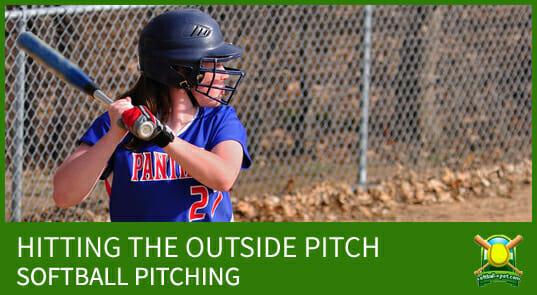 softball hitting the outside pitch2