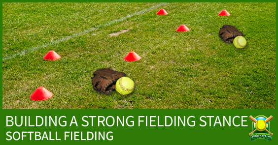 SOFTBALL FIELDING STRONG STANCE